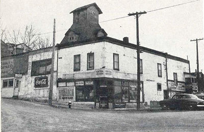 50 Silver Street in the 1920s as a grocery store